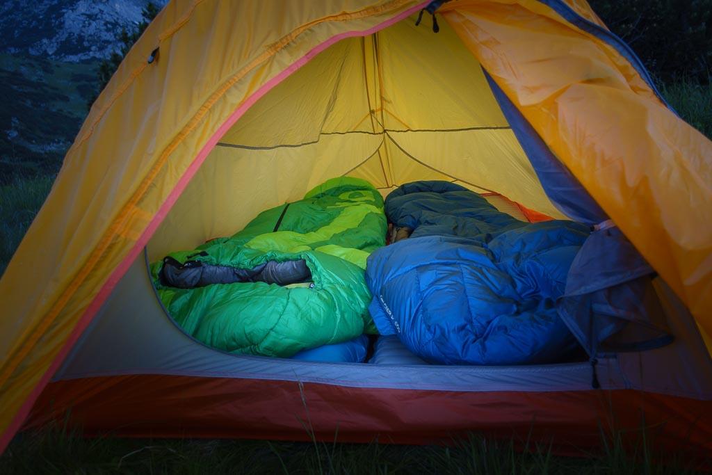 Blick ins 2-Personen-Zelt