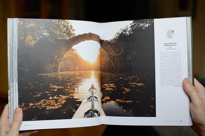 German Roamers - Deutschlands neue Abenteurer - Buchseite mit Foto der Rakotzbrücke