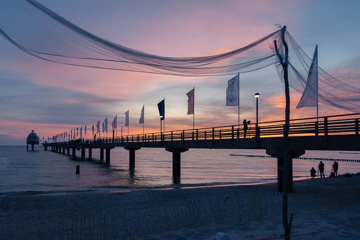 Sonnenaufgang an der Seebrücke Zingst zum Umweltfotofestival horizonte zingst 2017