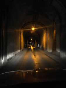 island-tunnel-einspurig