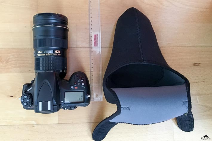 Walimex Pro Neopren Kamera-Schutzhülle - Größenvergleich
