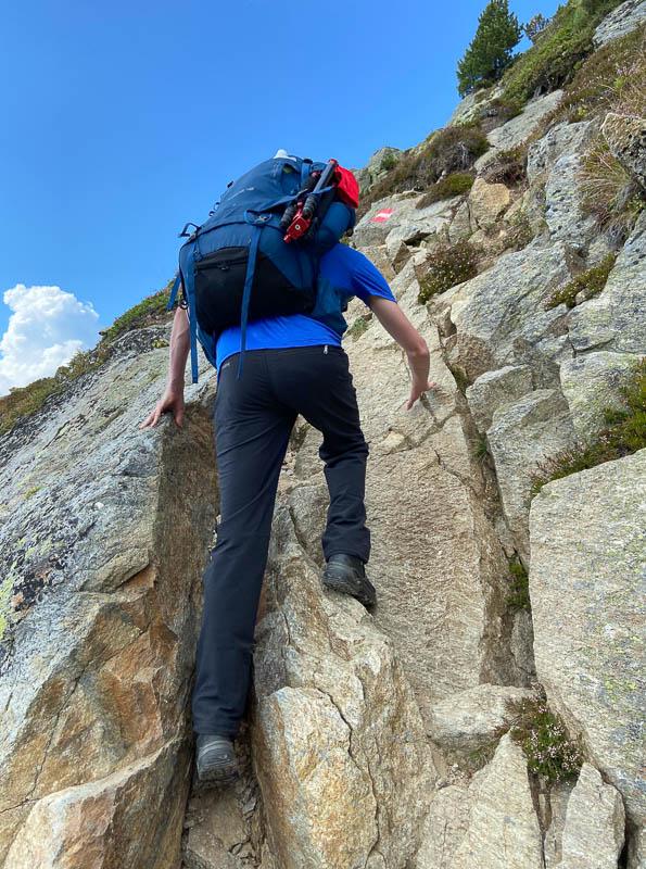 Pino beim Aufstieg zum Gipfel