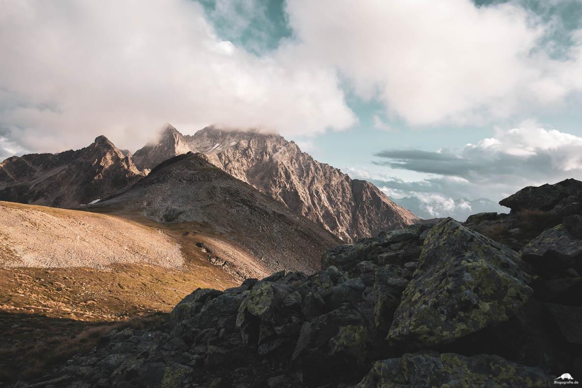 Die Alpen zum Sonnenuntergang
