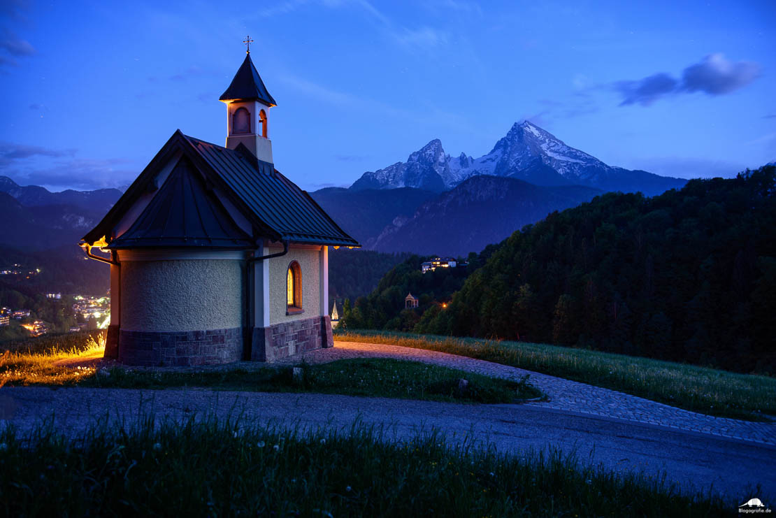 Kirchleitn Kapelle in Berchtesgaden zur blauen Stunde