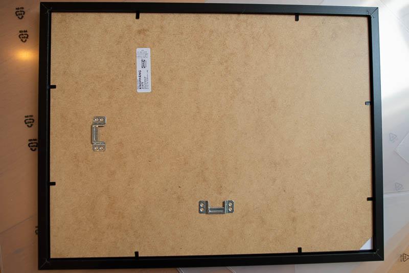 IKEA-Bilderrahmen Anbringung von hinten