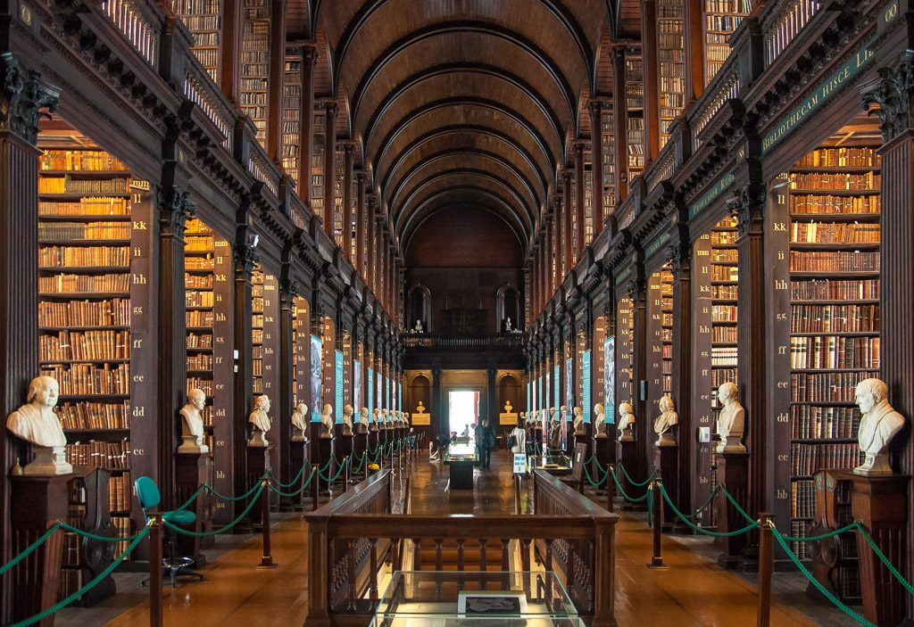 Trinity College Long Room Der Alten Bibliothek