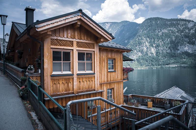 Hallstatt und die herrlichen Holzhäuser am Ufer des Hallstätter See