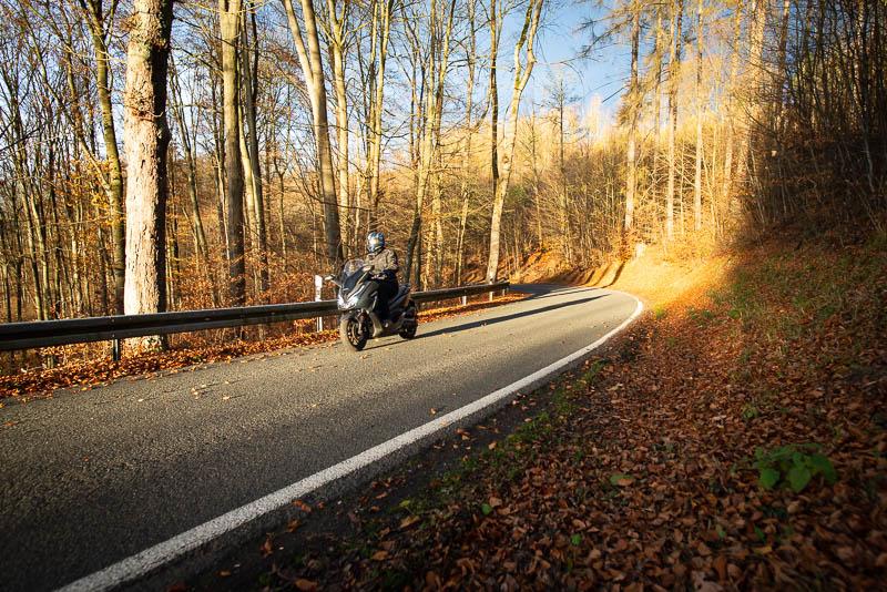 Mit dem Roller im Herbst durch den Harz