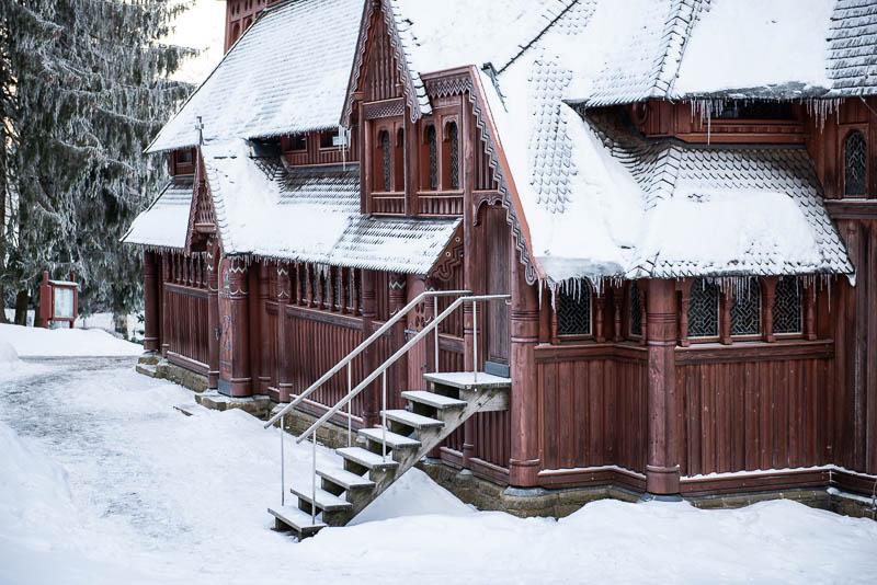 Detailaufnahme der Stabkirche in Hahnenklee