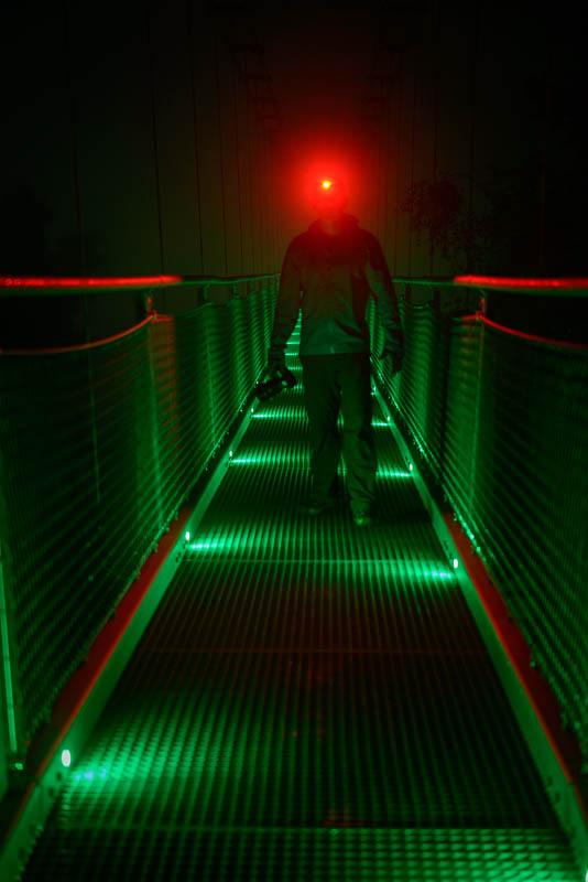 Hängebrücke Titan RT bei Nacht