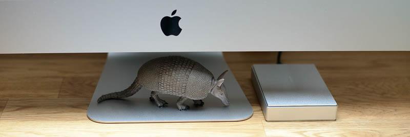 LaCie Porsche Design Festplatte am iMac