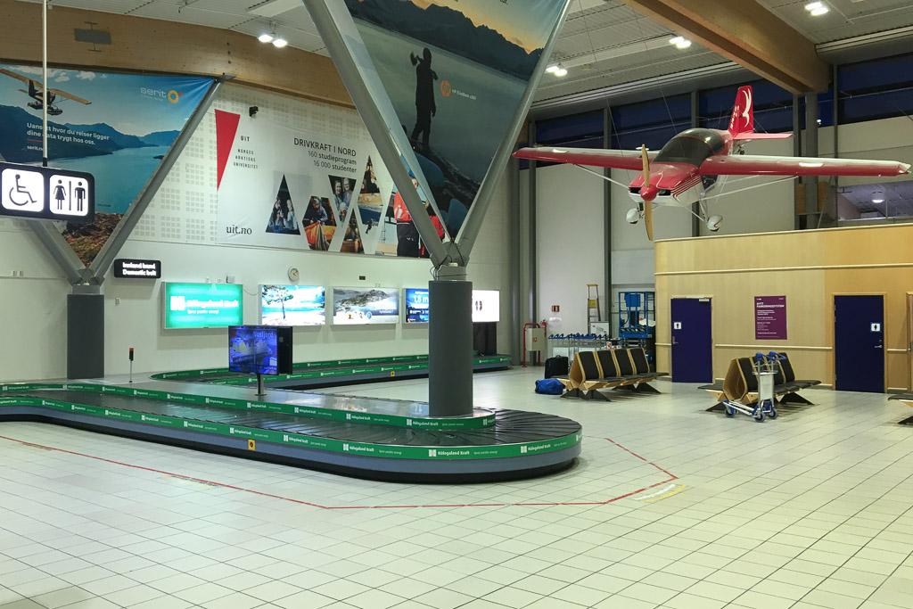 Flughafen Harstadt Narvik in Evenes auf den Lofoten