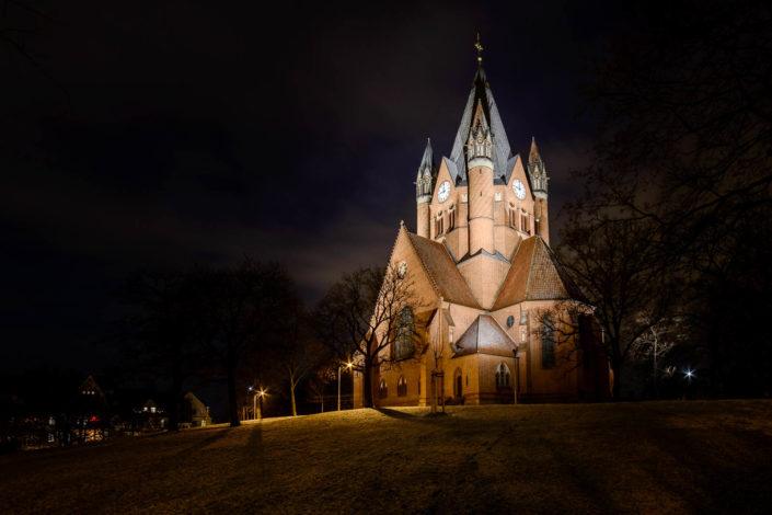 Die Pauluskirche bei Nacht