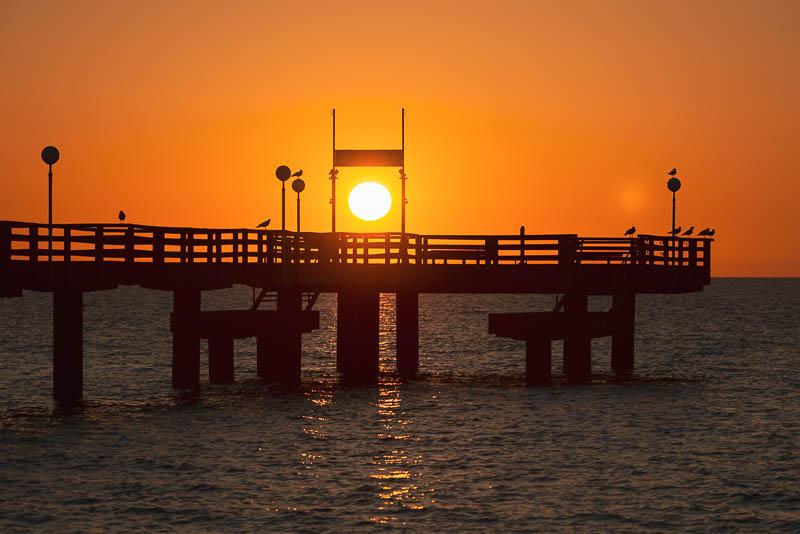 Seebrücke in Rerik zum Sonnenuntergang