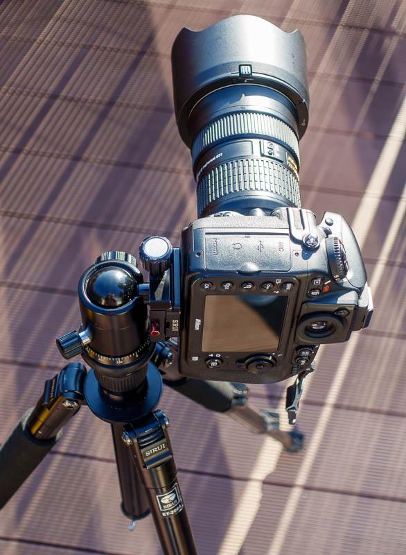 Sirui Stativ - Kamera im Hochformat