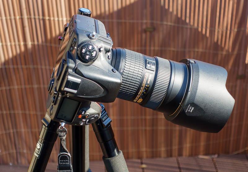 Sirui Stativ - Kamera im Hochformat kippt